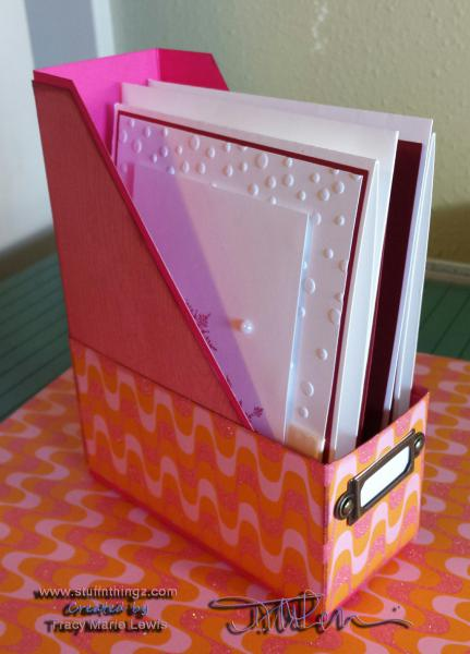 Mini Magazine Style A2 Card Holder | Tracy Marie Lewis | www.stuffnthingz.com