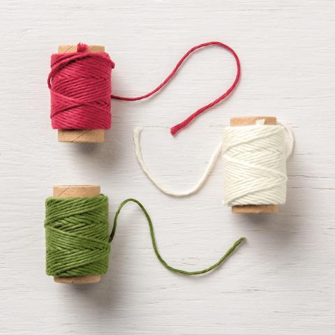 Festive Farmhouse Cotton Twine | Tracy Marie Lewis | www.stuffnthingz.com
